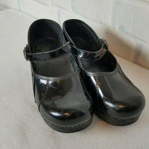 Dansko Mary Jane Size 8